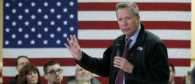 U.S. Republican presidential candidate and Ohio Governor John Kasich speaks at a campaign town hall meeting in Hooksett