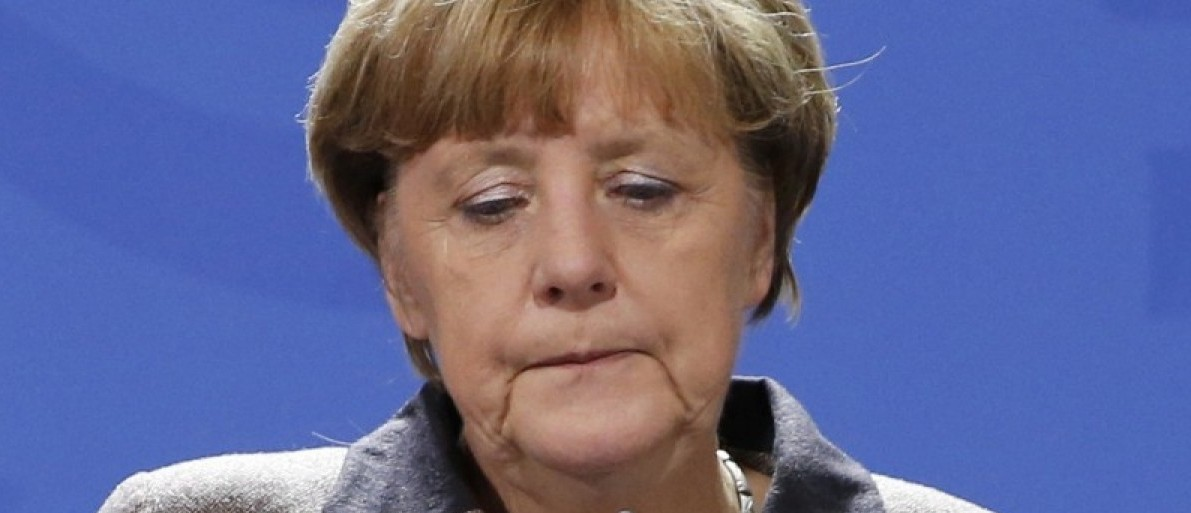 German Chancellor Angela Merkel makes a statement on the attack in Istanbul, at the Chancellery in Berlin, Germany January 12, 2016.  REUTERS/Fabrizio Bensch