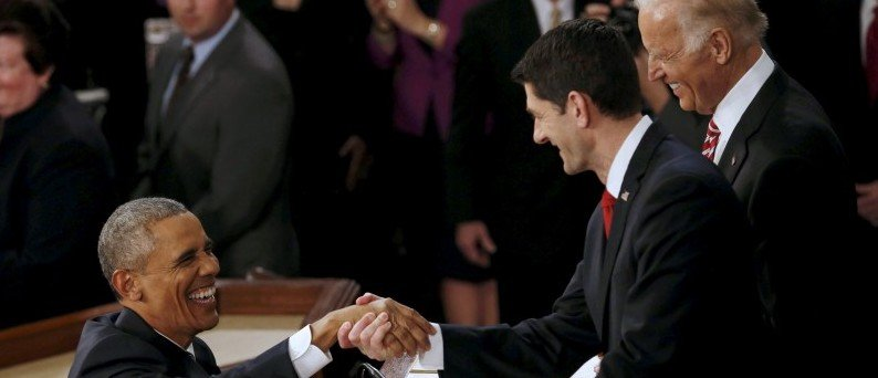 U.S. President Barack Obama (L) is greeted by Speaker of the House Paul Ryan (R) as he arrives to deliver his State of the Union address to a joint session of Congress in Washington, January 12, 2016. REUTERS/Jonathan Ernst