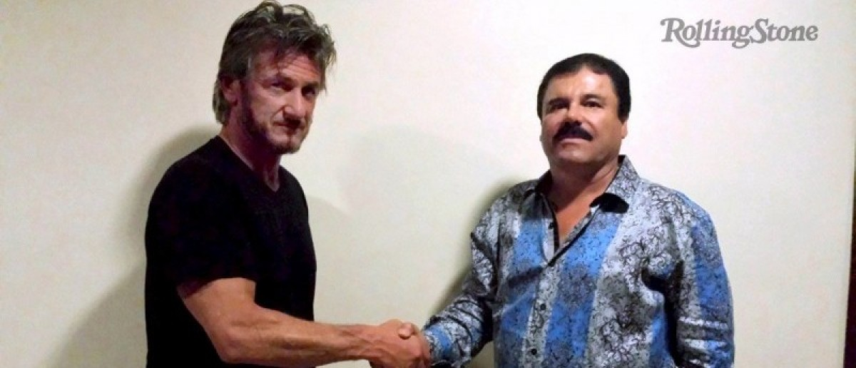 "Actor Sean Penn (L) shakes hands with Mexican drug lord Joaquin ""Chapo"" Guzman in Mexico, in this undated Rolling Stone handout photo obtained by Reuters on January 10, 2016.  REUTERS/Rolling Stone/Handout via Reuters"