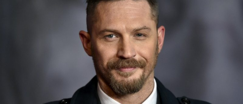 """Actor Tom Hardy poses as he arrives for the British premiere of """"The Revenant"""", in London, Britain January 14, 2016.    REUTERS/Toby Melville"""