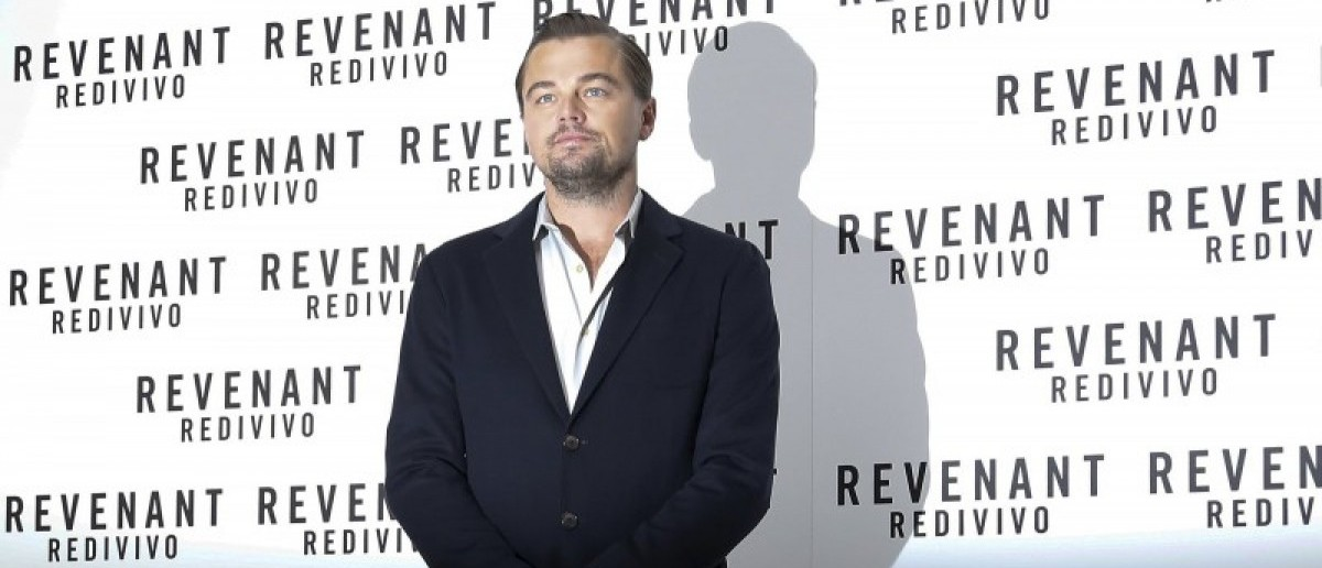 """Cast member Leonardo DiCaprio poses during a photo call for the movie """"The Revenant"""" in Rome, Italy January 16, 2016. REUTERS/Tony Gentile"""