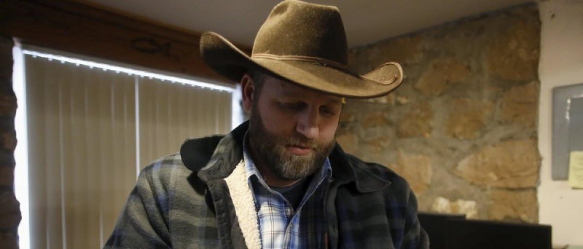 Ammon Bundy is seen in an office at the Malheur National Wildlife Refuge near Burns, Oregon, January 9, 2016. REUTERS/Jim Urquhart
