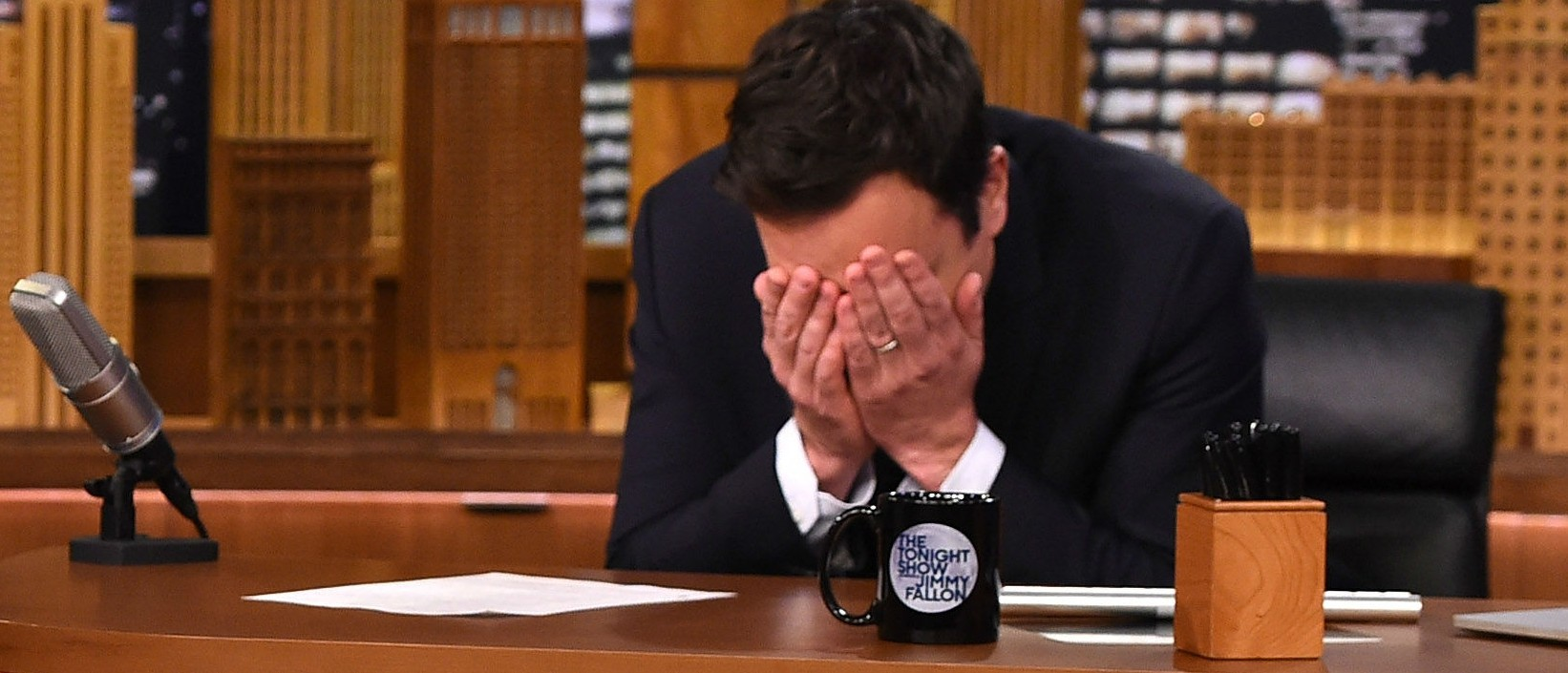 Jimmy Fallon has a drinking problem? (Photo: Getty Images)