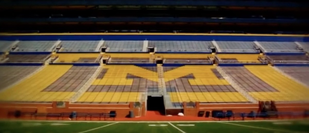 Michigan Football (Credit: Screenshot/ Youtube MrAgs1212)