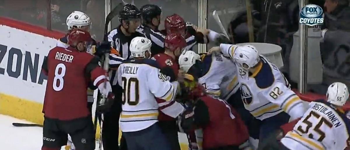 Coyotes Fight Sabers (Credit: Screenshot/Youtube SPORTSNETCANADA)