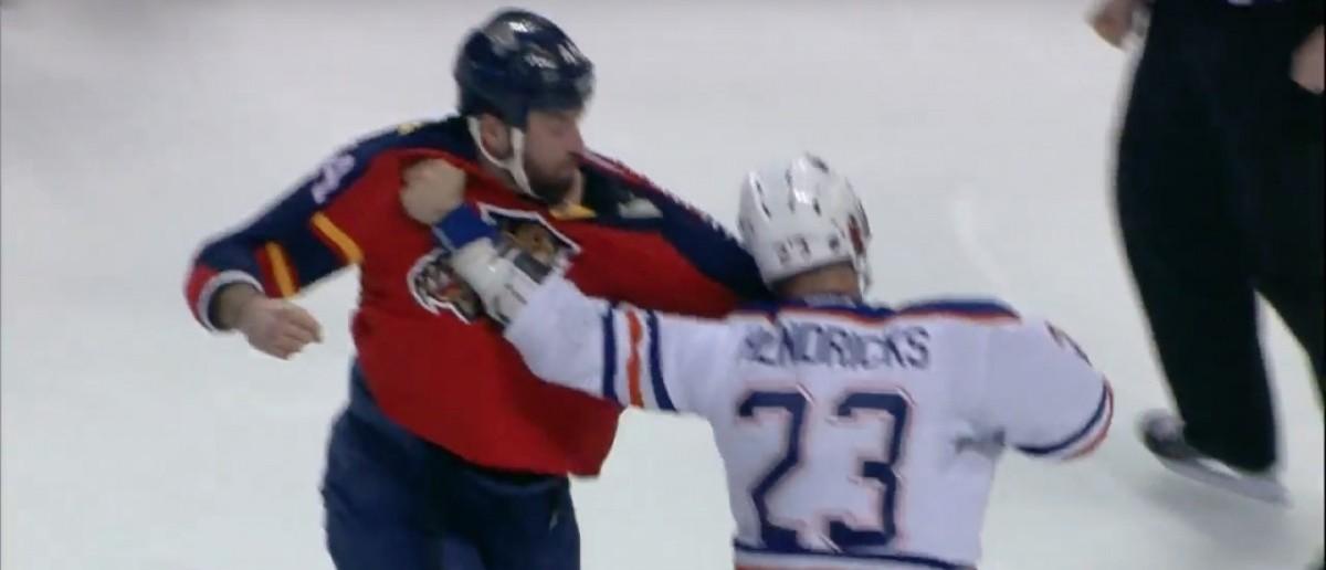 Gudbranson, Hendricks fight (Credit: Screenshot/Youtube SPORTSNETCANADA)