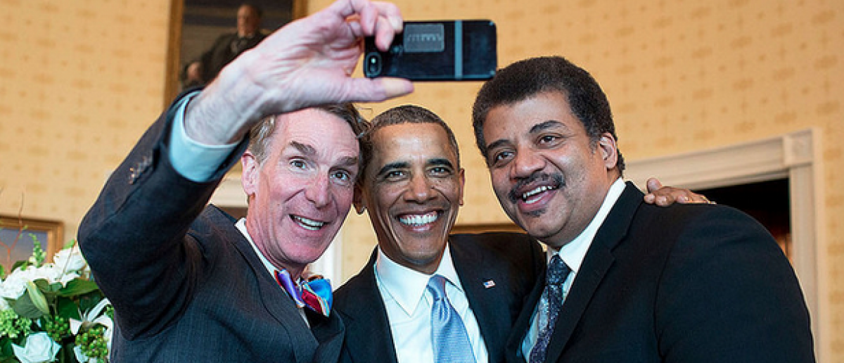 Bill Nye, President Barack Obama, and Neil DeGrasse Tyson pose for a selfie in the White House (Images courtesy of FLickr Creative Commons/White House)