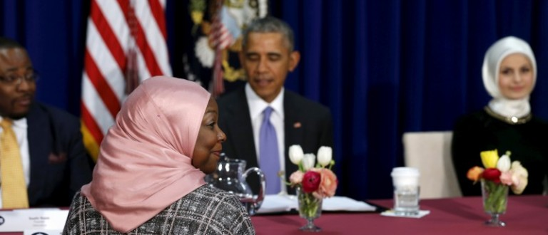 Muslim American community leaders sit for a roundtable discussion with U.S. President Barack Obama (back C) at the Islamic Society of Baltimore mosque in Catonsville, Maryland February 3, 2016. REUTERS/Jonathan Ernst