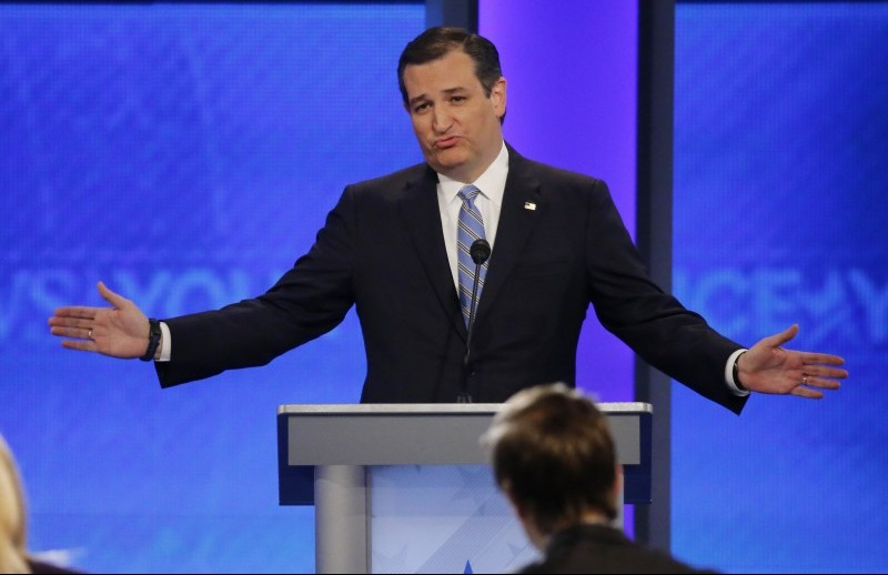Republican presidential candidate Senator Ted Cruz speaks during the Republican U.S. presidential candidates debate sponsored by ABC News at Saint Anselm College in Manchester, New Hampshire February 6, 2016. REUTERS/Carlo Allegri
