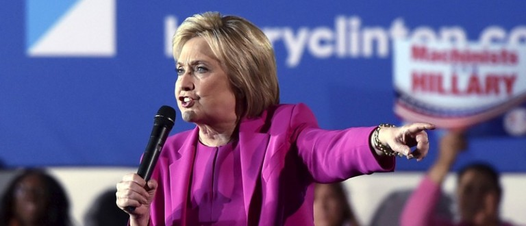 U.S. Democratic presidential candidate Hillary Clinton speaks at a campaign rally at the Laborers International Union hall in Las Vegas, Nevada February 18, 2016. REUTERS/David Becker