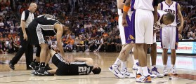 NBA Vet Undergoes Emergency Surgery After Getting Kneed In His Ginobilis (Getty Images)