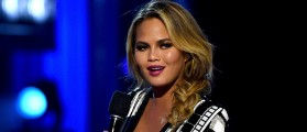 Chrissy Teigen Mocks Donald Trump After He Sends Out Tweet Riddled With Spelling Errors