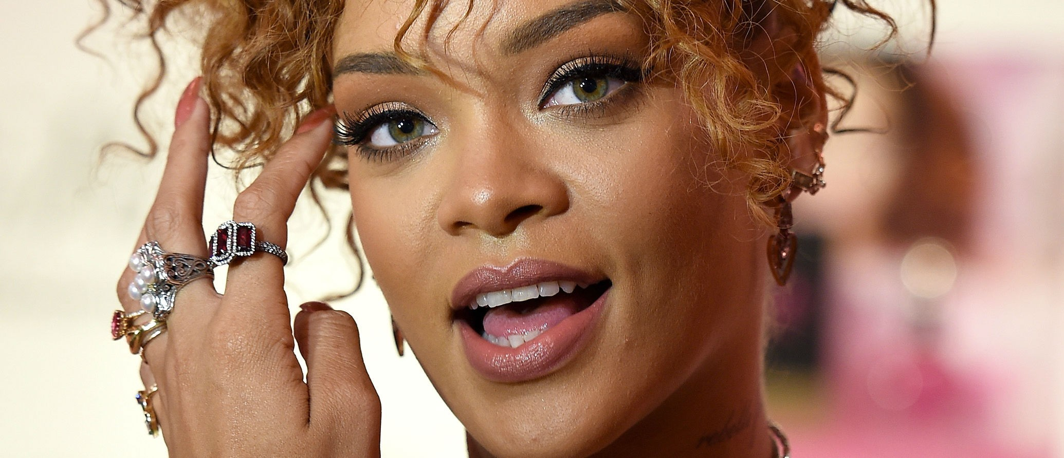 Rihanna cancels Grammy Awards performance
