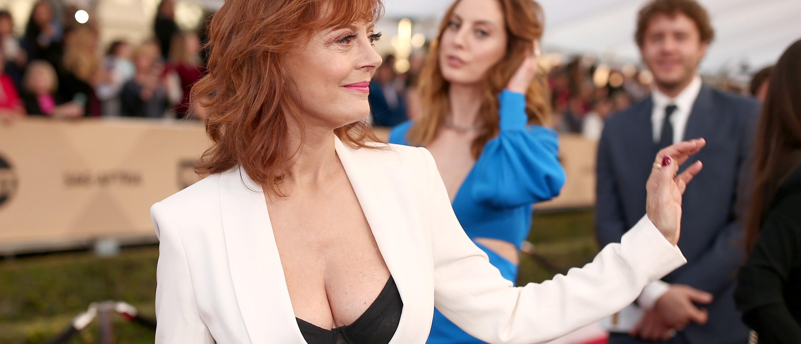 Susan Sarandon shows off cleavage