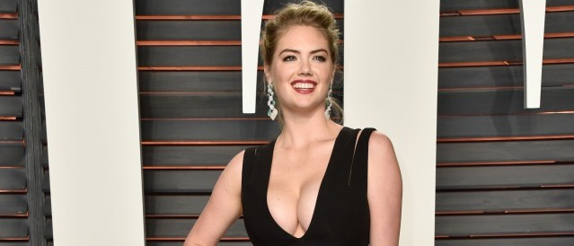 Kate Upton cleavage photos