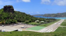 Gustaf III Airport, St. Barthélemy: Planes landing here come down a sharp slope right above a road, with the runway ending just before a beach. (Photo: Stefan Krasowski/Flickr)