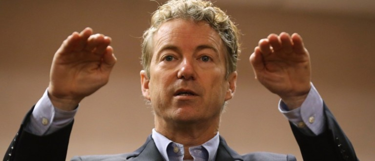 Sen. Rand Paul (R-KY) speaks to voters during a campaign event at the Holiday Inn on January 30, 2016 in Sioux City, Iowa