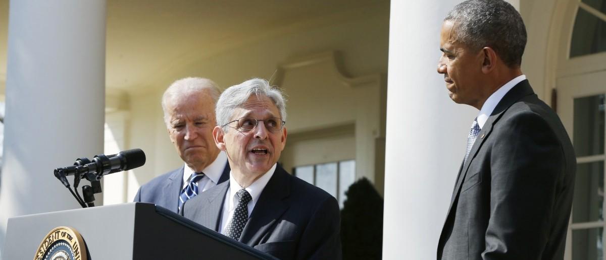Judge Merrick Garland looks to U.S. President Barack Obama (REUTERS/Jonathan Ernst)