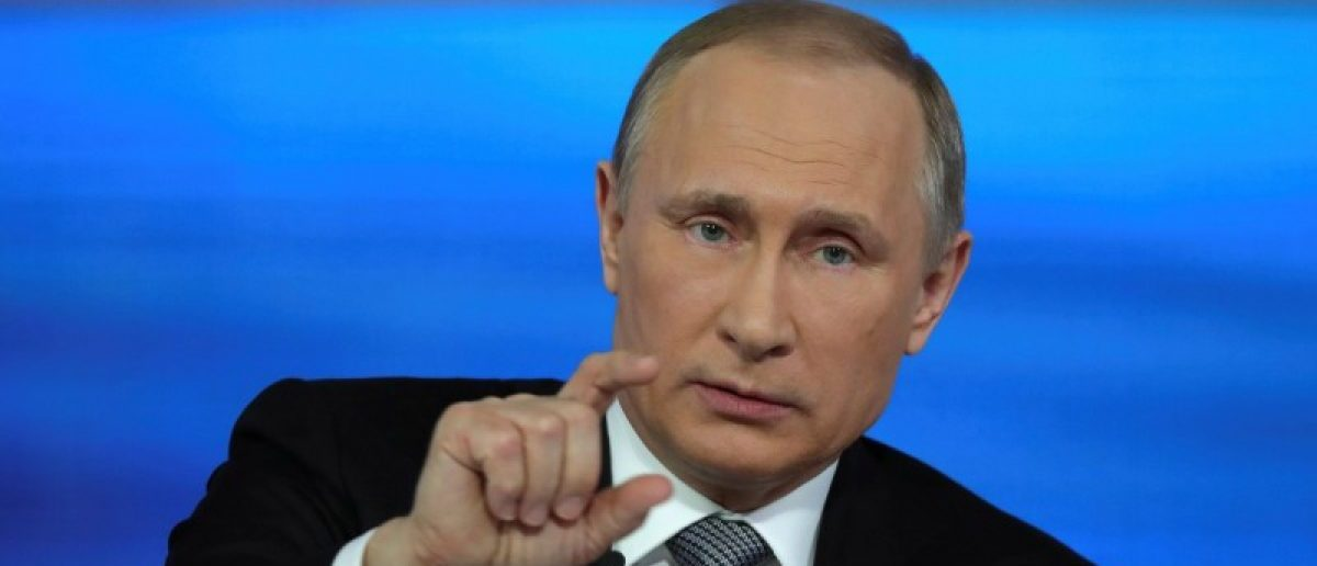 Russian President Vladimir Putin attends a live broadcast nationwide call-in in Moscow, Russia, April 14, 2016. REUTERS/Michael Klimentyev/Sputnik/Kremlin