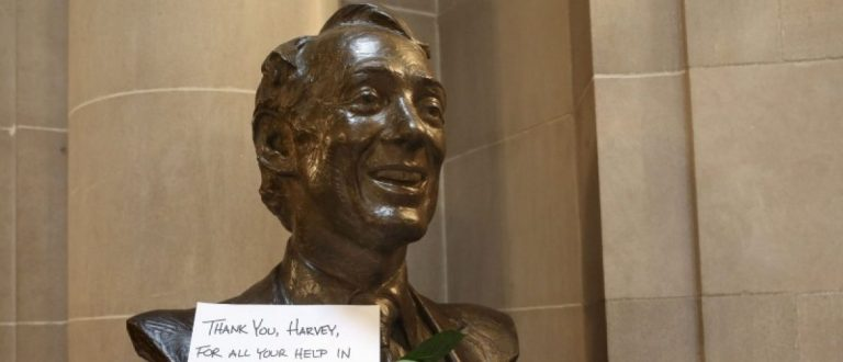 A thank you note and two roses are seen on a bust of former San Francisco Supervisor and gay rights pioneer Harvey Milk in San Francisco City Hall in San Francisco, California June 26, 2015. REUTERS/Elijah Nouvelage/File Photo