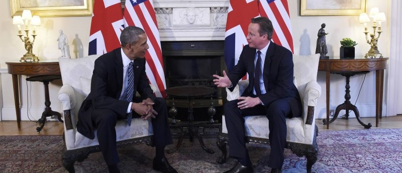 President Barack Obama meets Britain's Prime Minister David Cameron in 10 Downing Street in London, Britain, 22 April 2016
