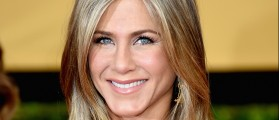 13 Photos Of The Forever Stunning Jennifer Aniston's Finest Moments [SLIDESHOW]