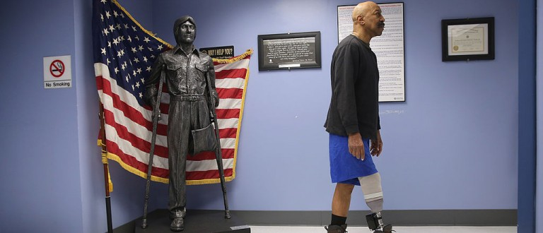 Hedge Fund Manager Pledges $275 Million To Give Veterans Free Mental Healthcare (Getty Images)