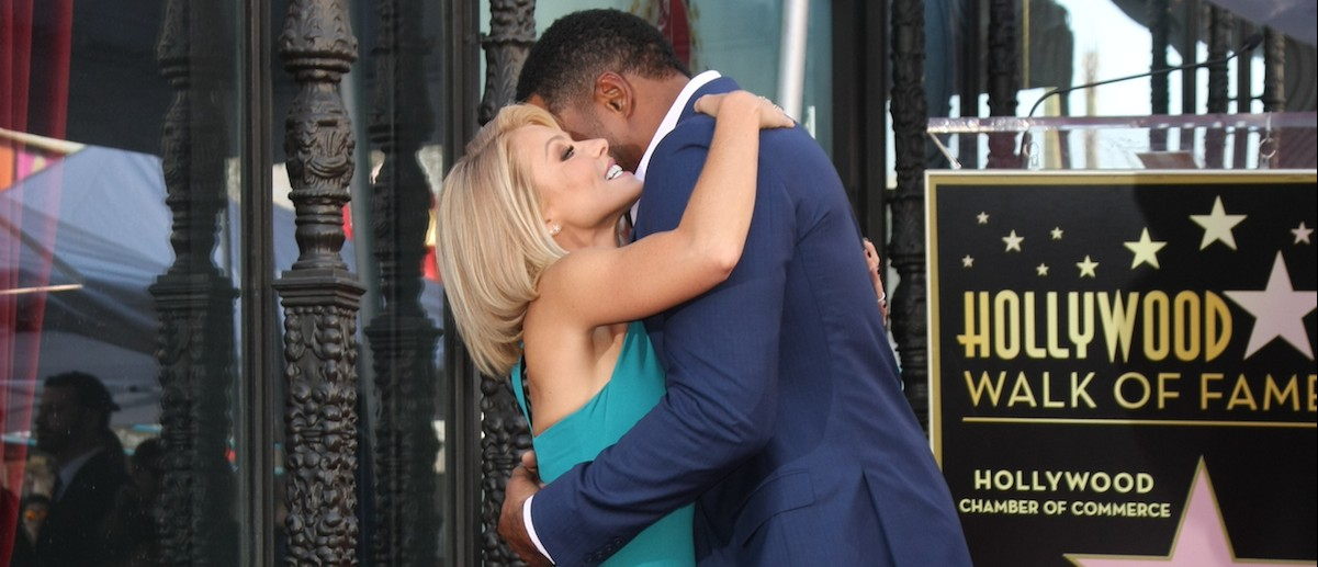 Kelly Ripa and Michael Strahan at the Kelly Ripa Hollywood Walk of Fame Ceremony at the Hollywood Walk of Fame on Oct. 12, 2015 in Los Angeles. (Helga Esteb/Shutterstock.com)