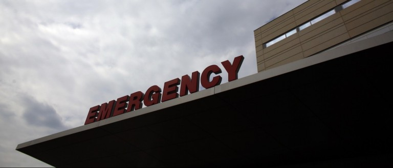 An emergency room sign (REUTERS/Eric Thayer)