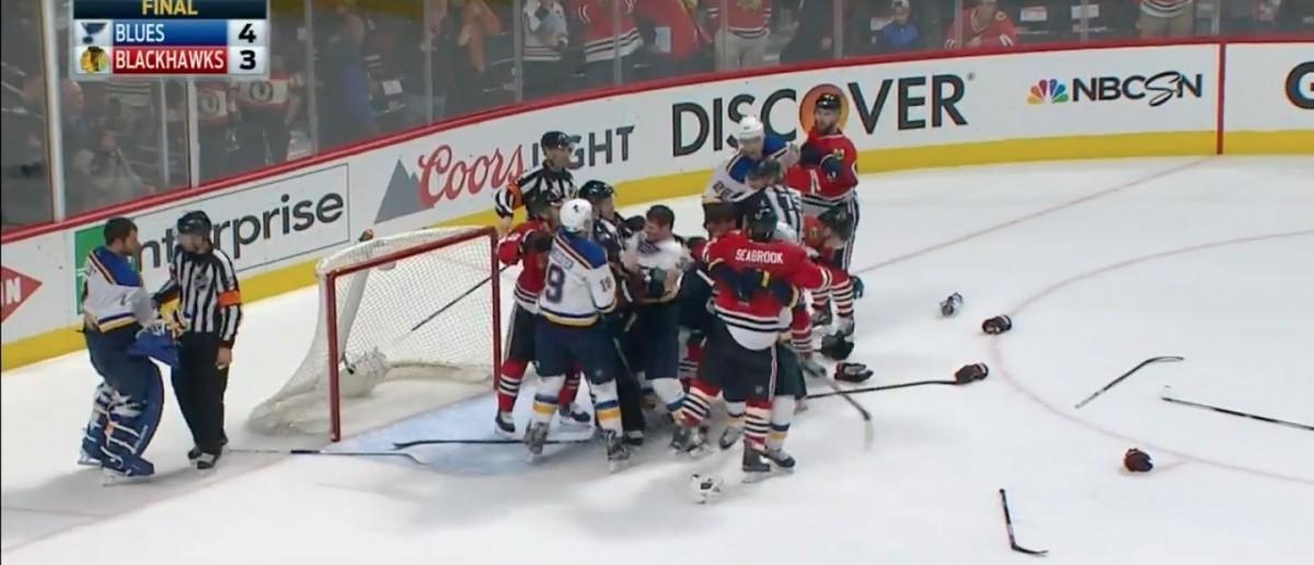 Blackhawks (Credit: Screenshot/Youtube SPORTSNETCANADA)