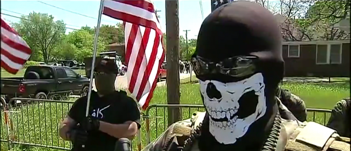 Armed protesters face off outside Dallas mosque, Screenshot, Fox4News