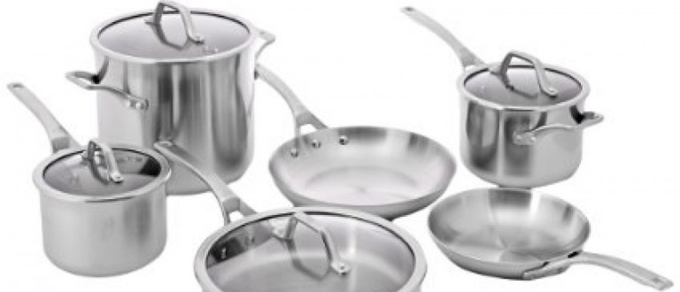 This Calphalon stainless steel cookware set is $800 off (Photos via Amazon)
