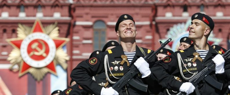 Russian servicemen march during the Victory Day parade, marking the 71st anniversary of the victory over Nazi Germany in World War Two, at Red Square in Moscow, Russia, May 9, 2016. REUTERS/Grigory Dukor