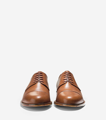 These $180 Carter Grand Cap Toe Oxfords can be had for a mere $84 (Photo via Cole Haan)