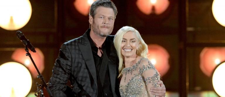 Gwen Stefani and Blake Shelton perform