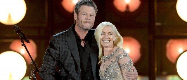 Gwen Stefani and Blake Shelton perform
