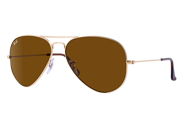 These classic Ray-Ban Aviators are half off (Photo via Ray-Ban)
