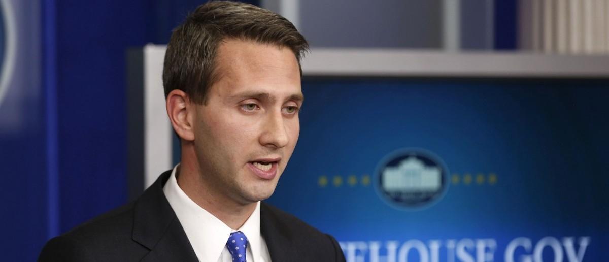 Principal Deputy Press Secretary Eric Schultz (REUTERS/Larry Downing)
