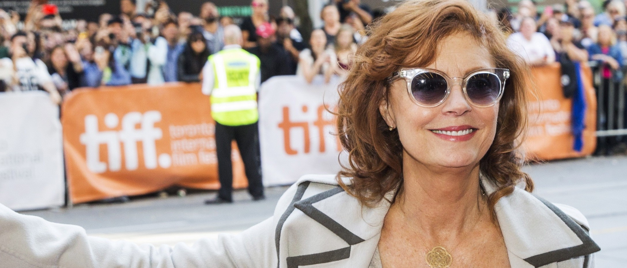 """Actress Susan Sarandon arrives on the red carpet for the film """"The Meddler"""" during the 40th Toronto International Film Festival in Toronto, Canada, September 14, 2015. TIFF runs from September 10-20. REUTERS/Mark Blinch - RTS1372"""