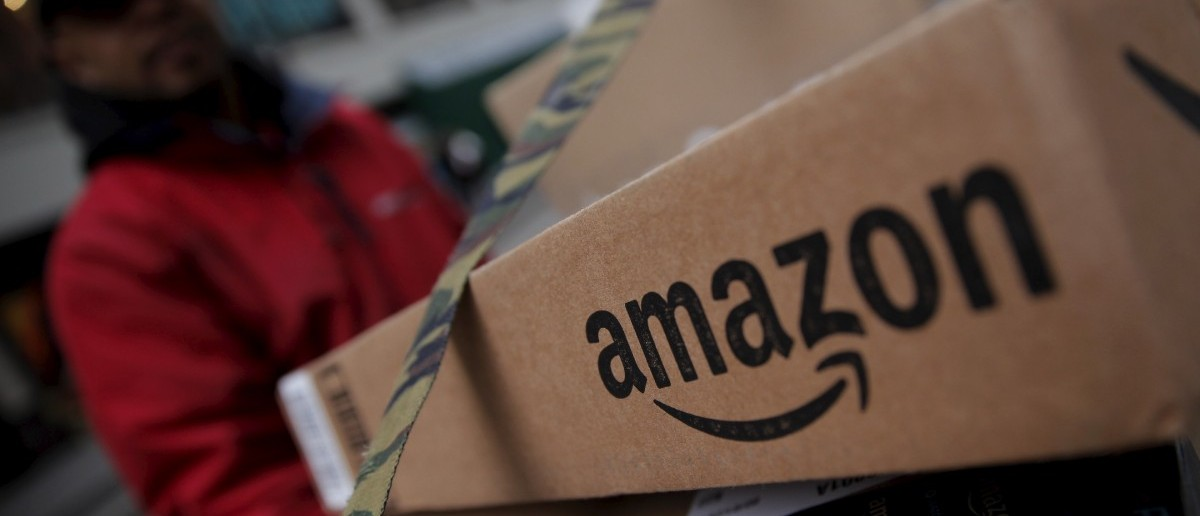 Amazon boxes (REUTERS/Mike Segar)