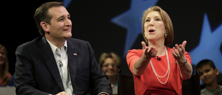 Ted Cruz Refuses To Help Carly Fiorina After She Falls Off Indiana Rally Stage (Reuters Pictures)