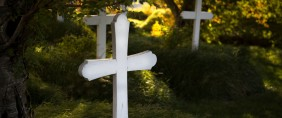 Town Removes Memorial Day Crosses After Complaint, Then Puts Them Right Back Up