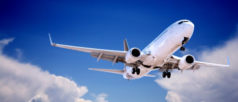 A Boeing 737 prepares to land. Source: travellight/Shutterstock