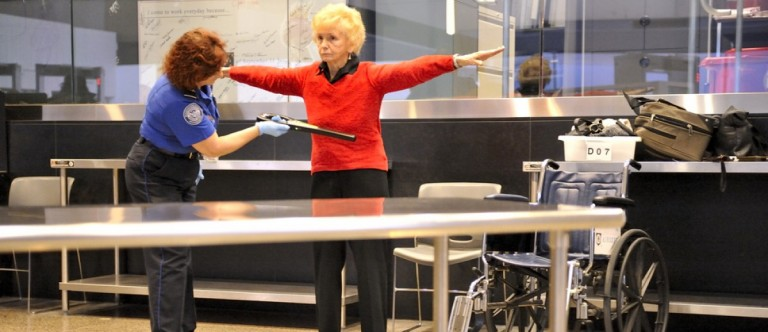 TSA screening. (Carolina K. Smith MD/Shutterstock)