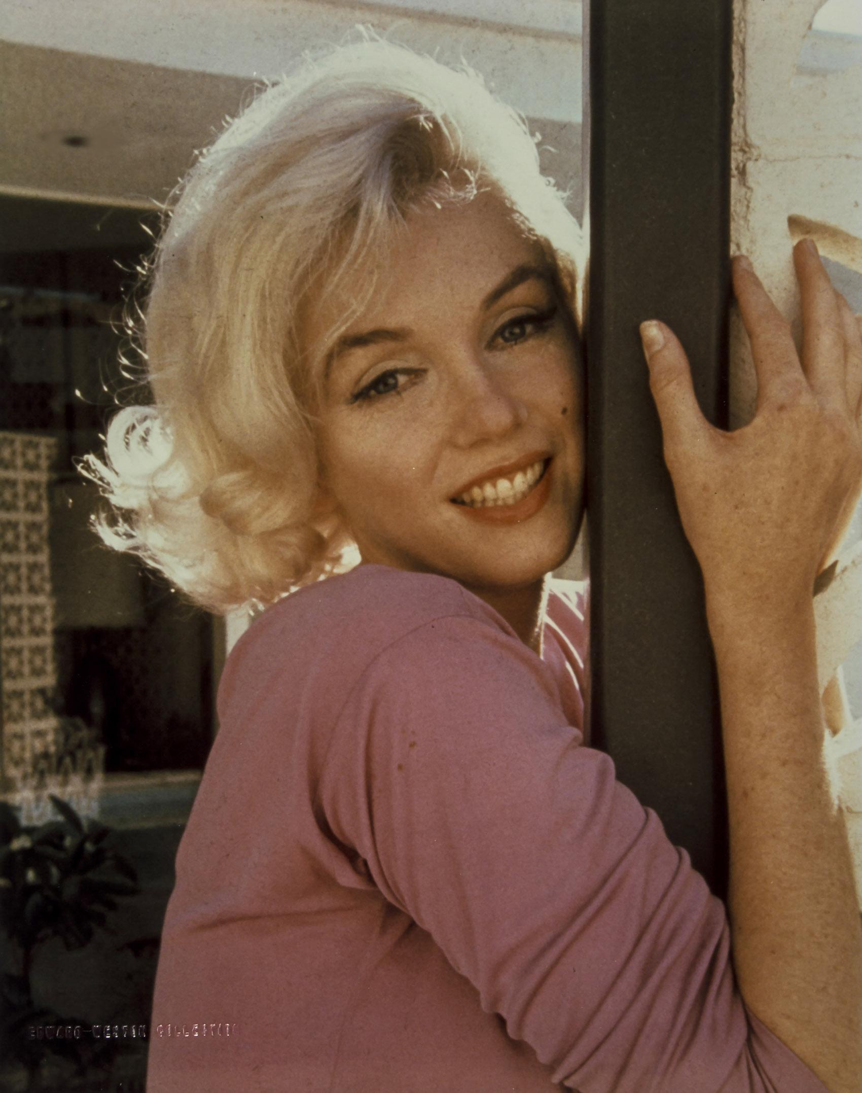 Marilyn Monroe Living Room Decor: Marilyn Monroe Did One Last Photo Shoot Before She Died