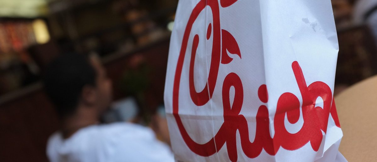 A Chick-fil-A logo is seen on a take out bag (Photo: MANDEL NGAN/AFP/GettyImages)