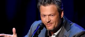 Is Blake Shelton's Latest 'She's Got A Way With Words' About Miranda? [VIDEO]