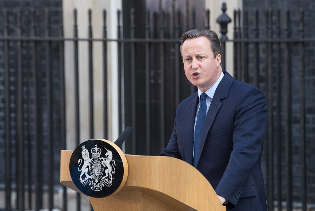 Prime Minister David Cameron speaks outside Downing Street on June 24, 2016 in London (Getty Images)