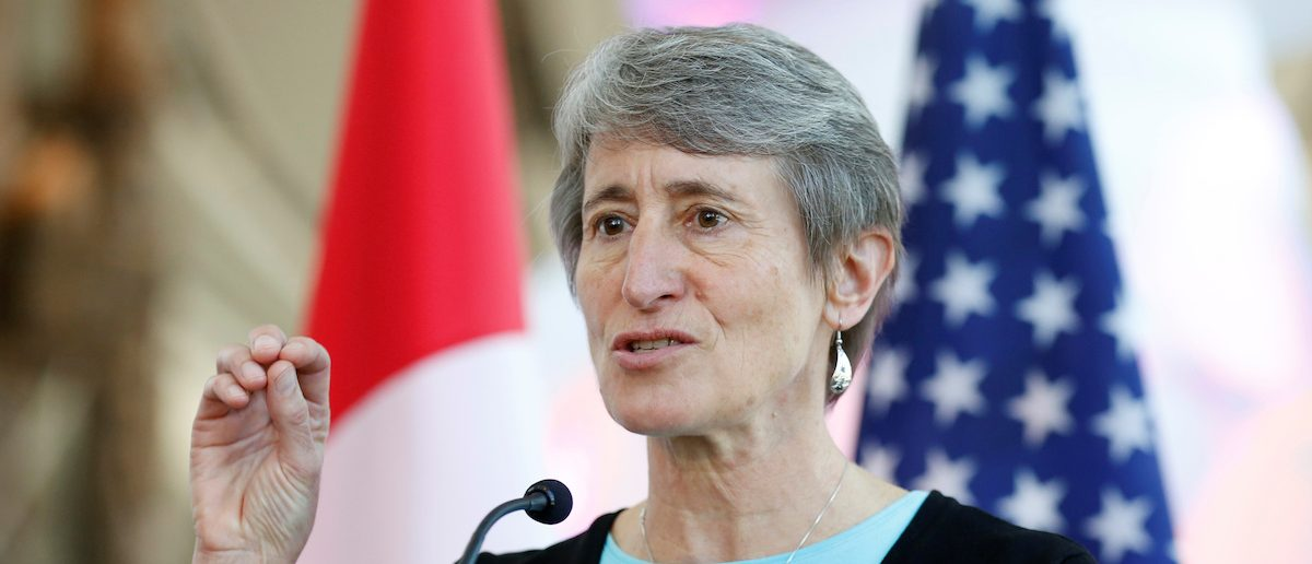 U.S. Secretary of the Interior Sally Jewell speaks during a news conference in Gatineau, Quebec, Canada, April 28, 2016. REUTERS/Chris Wattie